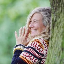 Yogalehrerin Jutta Klenzner